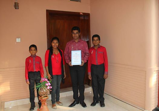 Sri Lankan star Rukshan Karunanayake and the Chimes of the 70s with the Global Autism Award marking Autism Sunday 2014 for the historic Sinhala autism song 'Mamath Eka Malak.'