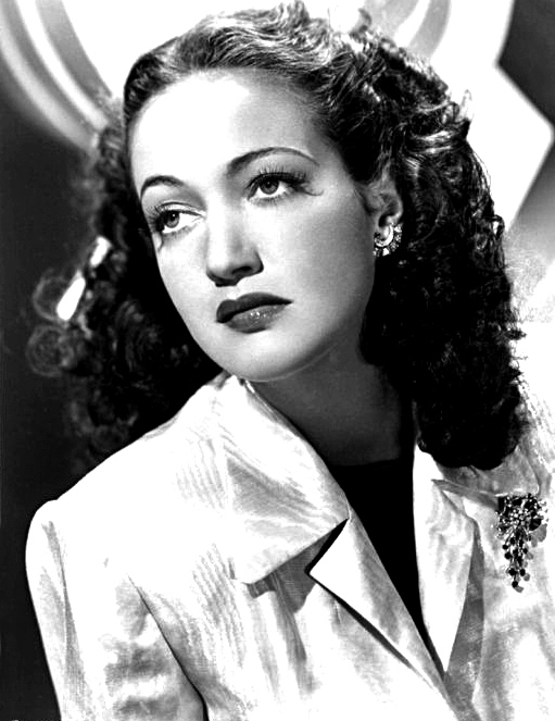 The darling of Hollywood, A list actress Dorothy Lamour met the Prime Minister of Ceylon, Sir John Kotelawala at the dinner.