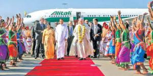 His Holiness Pope Francis in Sri Lanka - Photograph courtesy of the Daily News Sri Lanka.